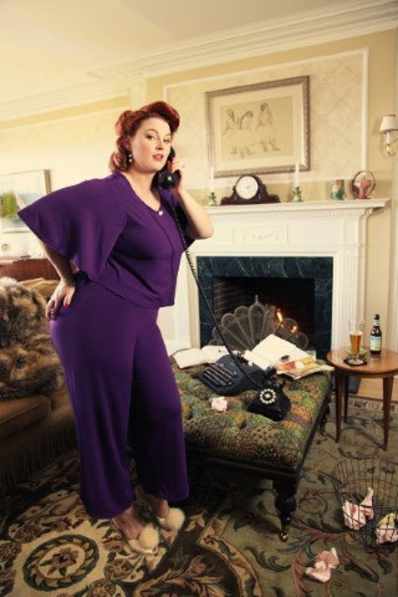 1930s Plus Size Dresses 1930s Plus Size Womens Knit Pajamas  AT vintagedancer.com