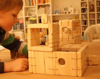 Wooden Toy House, Dollhouse, Castle, Natural Wooden Toy House, Fold-up