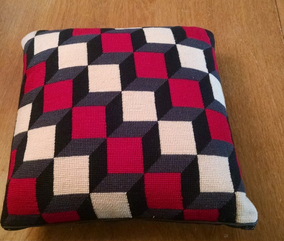 SALE!! Vintage 70s Bargello Style Handmade Wool Needlepoint Pillow 14 x 14  SALE!!!    originally 32.50   now  24.50