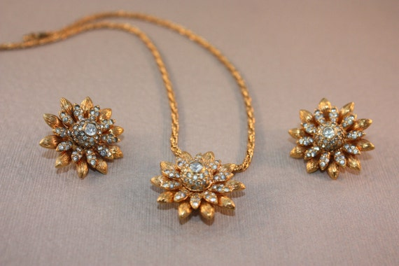 Rare Nettie Rosenstein Rhinestone Necklace and Earring Set.