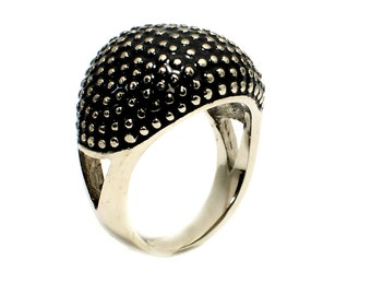 Stainless steel Caviar dome ring