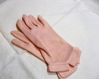 Vintage 1950s pink nylon gloves by Kayser USA size 7