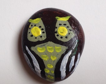hand painted brown and yellow owl rock/paper weight