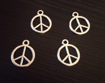 Tibetan Silver Small Peace Sign Charms Jewelry Making 20 pieces