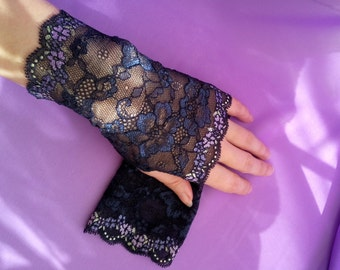 Black and Navy Blue Lace Fingerless Gloves  / Burlesque / Gothic / Steampunk / Caberet / Bohemian / Elegant / Romantic / Vintage / Victorian