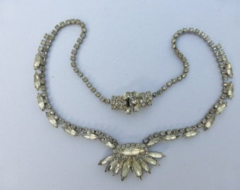 Weiss necklace marquise and chaton rhinestones AH40