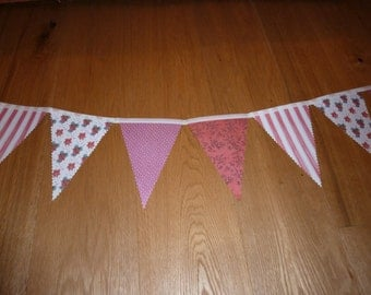 Only one! Christmas bunting - red themed, 2.7m
