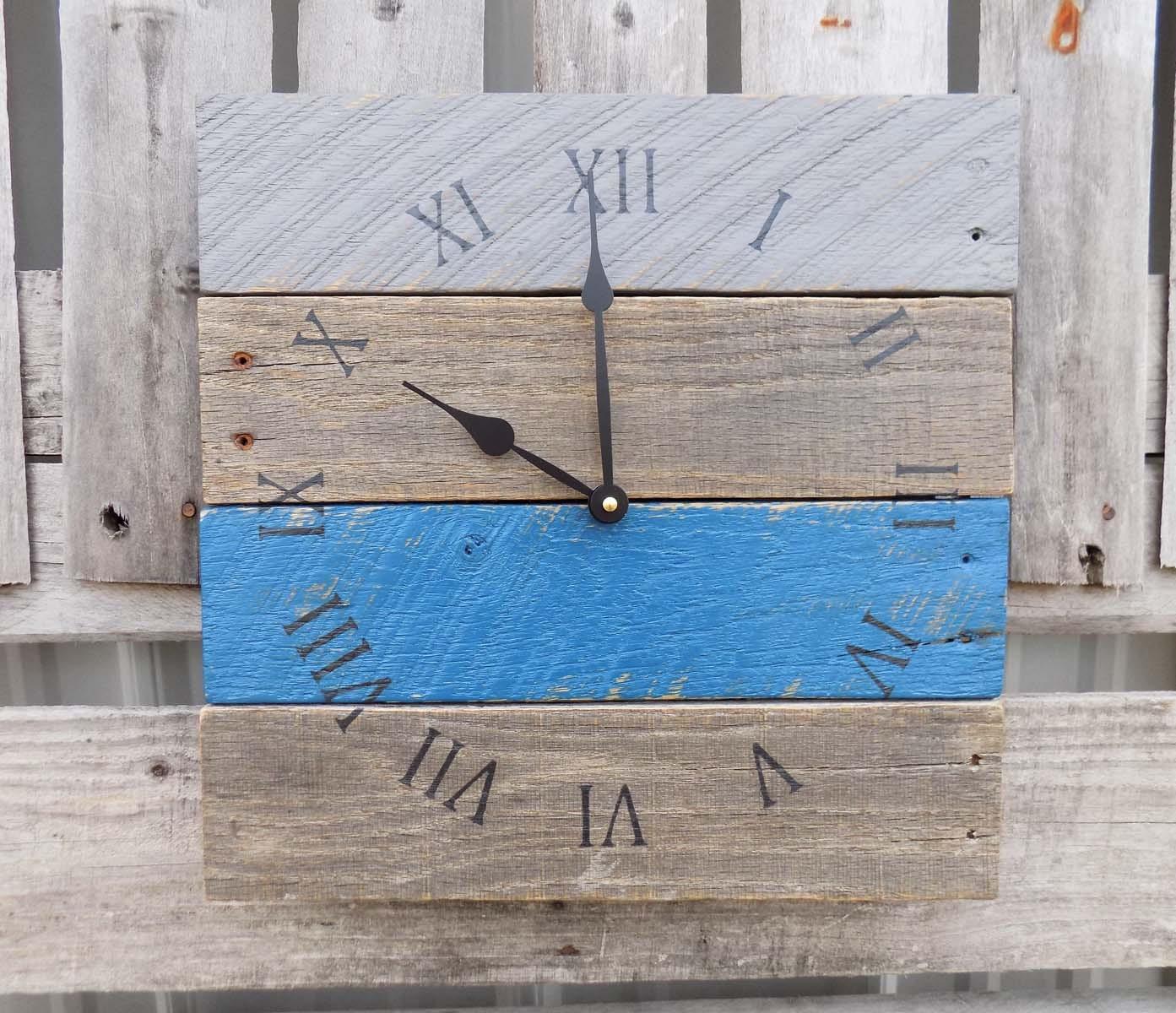 r cup r horloge bois de palette palette rustique horloge. Black Bedroom Furniture Sets. Home Design Ideas