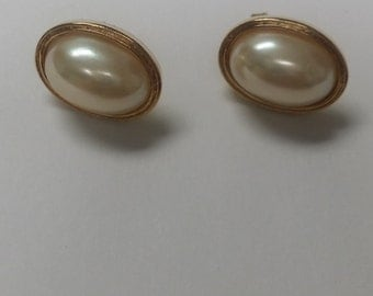 Avon Faux Pearl Earrings