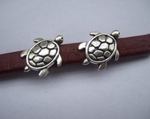 10 Antique Silver Turtle Slider Spacer Charm Beads 10x6.5mm For Licorice Leather SP107-1