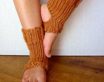 PATTERN - Yoga Socks/Spa Socks/Pedicure Socks