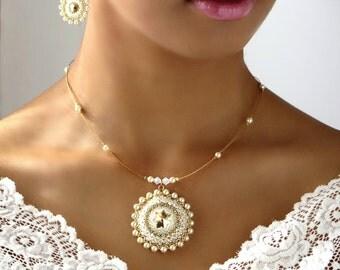 Bridal jewelry set, Wedding pearl necklace, Bridal Pearl jewelry, Pearl pendant necklace, Mandala necklace, Long Pearl Earrings