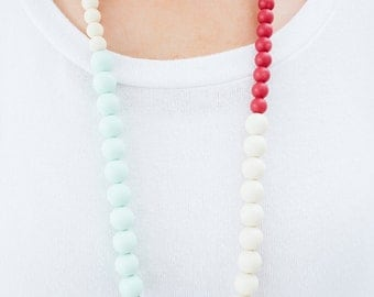 Teething Necklace Silicone Nursing Necklace Kelsie - Sweet Berry Mint Grey Cream