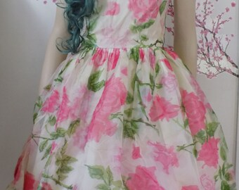 Pink Floral party dress vintage Pin Up Girl 50s 60s