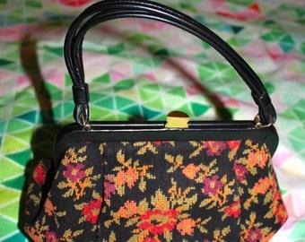 1950s vintage clutch floral purse!