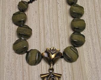 CLEARANCE ! ! ! Art Nouveau Bakelite Necklace