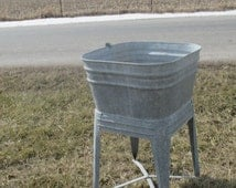 Wheeling Galvanized Single Wash Tub Beer Cooler Flower Pot