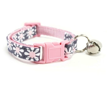 Pink Daisy Cat Collar Breakaway Safety Grey Pink Flower Floral Girl Cat Collar with Bell