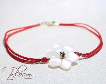 Red String Bracelet 14K Gold Bracelet Mother of Pearl Bracelet Red String of Fate Kabbalah Bracelet Mother of Pearl Flower Bracelet
