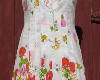 1960s beautiful Poppies & Roses White dress