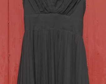 Vintage pleated  1960 s LBD minidress