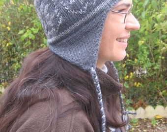 Pattern PDF woman hat wool bicolor peruvian style with Norwegian pattern