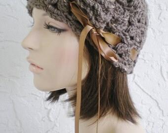 hand crochet cloche beanie ~ scallop hat ~ brown tweed