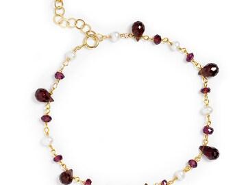 Garnet and Pearl Bracelet in 14k GF. Single Strand