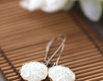 White Floral Earrings, Vintage Cabochon Earrings, Mother's Day Gift, BFF Gift, Birthday Gift for Her Mom Sister Aunt under 25 dollars