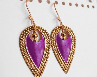 Nouveau Antiquity - Petite Golden Brass Shields in Royal Purple