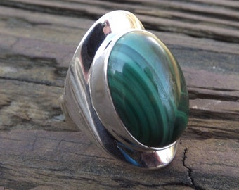 Protection, Imagination, Intuition - Beautiful Magical Russian Malachite Sterling Silver Ring Size 6 oval Gemstone