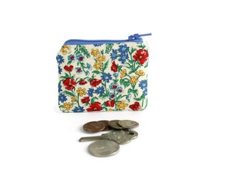 Vintage Floral Wildflowers Coin Purse / Tiny Coin Pouch in Spring Garden