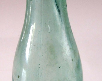 J L & Co Green Bowling Pin Glass Beverage Bottle Antique Hand Dug Collectible Very Rare