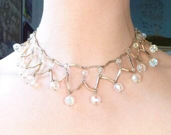 Vintage Iridescent Glass Beaded Goldtone V Shaped Connector Necklace