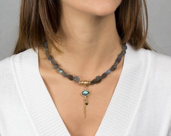 Gold Filled Labradorite Necklace, Hand Crafted Labradorite Eye Necklace, Labradorite Gemstone Necklace, Stone Necklace. Statement Necklace
