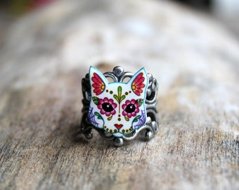 Day of the Dead White Cat - Sugar Skull Kitty on an Antiqued Silver Filigree Band - Adjustable Ring