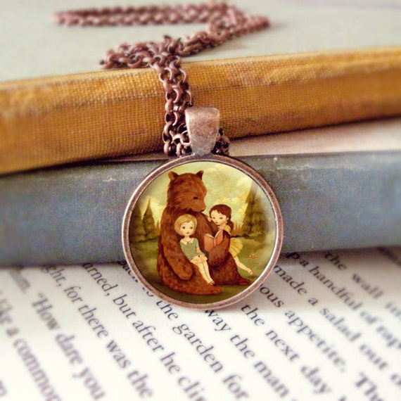 pendant necklace jewelry by thelittlefox