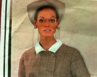 1960s VOGUE Paris Original 2012  *   GIVENCHY Designer *  ELEGANT  Mod Coat  Dress  * Size 8..bust 31.5