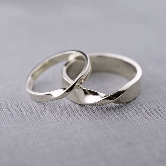 14k white gold mobius wedding ring set made to by