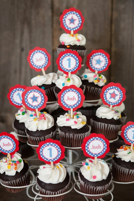 Cupcake Decorating Ideas For 4th Of July : 4th of July Cupcake Toppers Patriotic Birthday Party