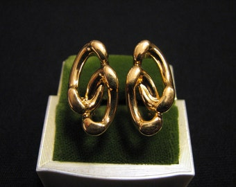 Vintage Monet Gold Plated Knotted Double Ring Clip Earrings