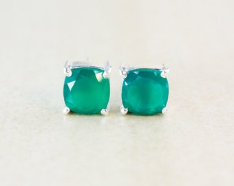 Green Onyx Studs - Silver Filled Setting