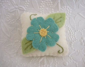Primitive Flower Pincushion Felt Wool Penny Rug Style Applique