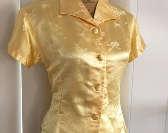 Sale Cute Vintage Asia Blouse -- Short Sleeves -- Size M