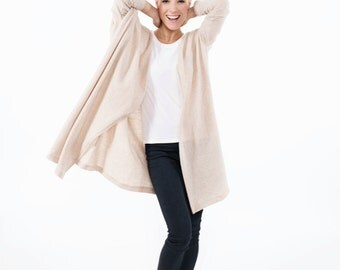 Long cardigan | Cream cardigan | Long sleeve cardigan | LeMuse woolen cardigan