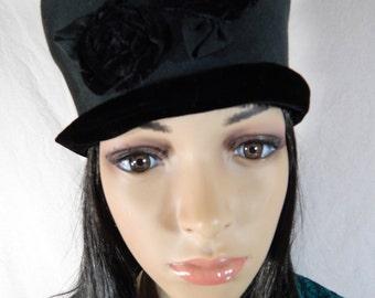 "1940's BLACK PILLBOX HAT Velvet Roses & Trim Size medium large 22-23"""