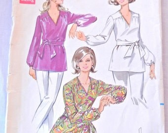 Misses Tunic Top Pattern, V Neck Elastic Cuff Bishop Sleeve, Butterick 5431, Bust 36 Size 14, 1969