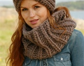 Knit headband knit cowl set Womens headband Handmade of chunky wool. Chunky neckwarmer. Pick your color. Valentine's gift Unisex cowl