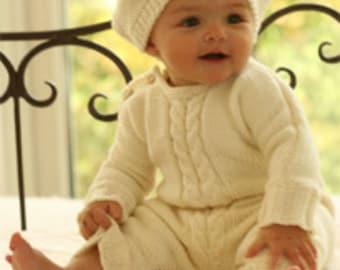 Knit baby hat Unisex baby hat Baby beret Merino wool Off white 0 to 18 months Basque hat Children clothing Baby shower Photo prop Handmade
