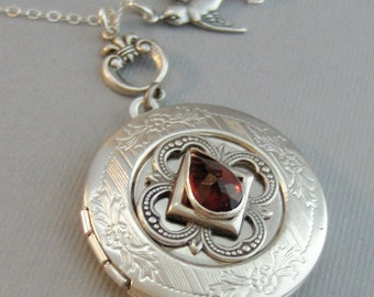Garnet Sparrow,Garnet Locket,Antique Locket,Silver Locket, Red Locket,Red,Garnet Necklace,Gemstone Locket,Gemstone Necklace,Genuine